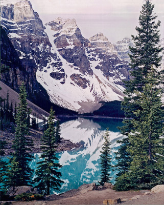 Moraine Lake by Gary Thompson